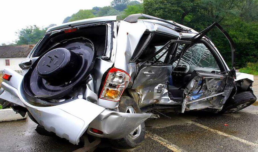 Image of a car wreck after a fatal accident